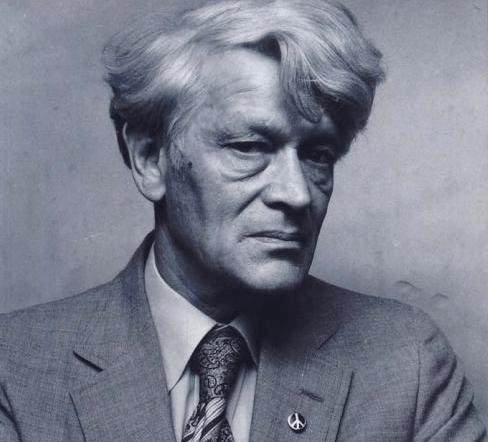 Fotografía del historiador británico Edward Thompson, figura clave de la historiografía marxista
