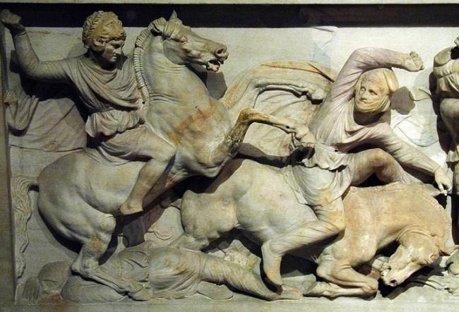 Detalle del denominado sarcófago de Alejandro en el que se puede ver al conquistador
