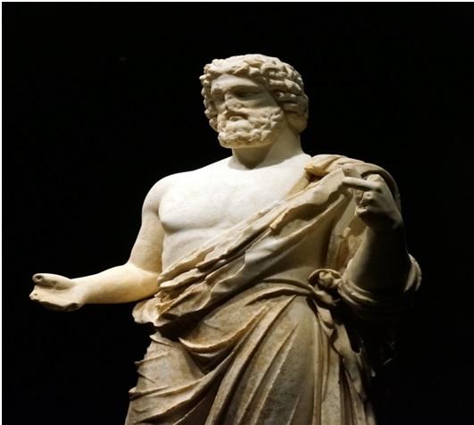 Estatua del dios Esculapio en Ampurias