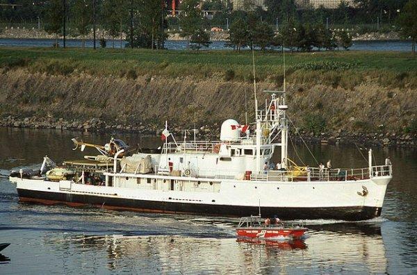 El Calypso real en Canadá en 1980