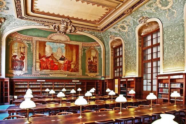 Biblioteca de la Sorbona, la célebre universidad de París
