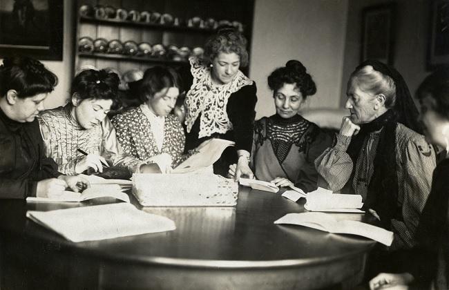 Reunión de las suffragettes dirigentes de la Women's Social and Political Union