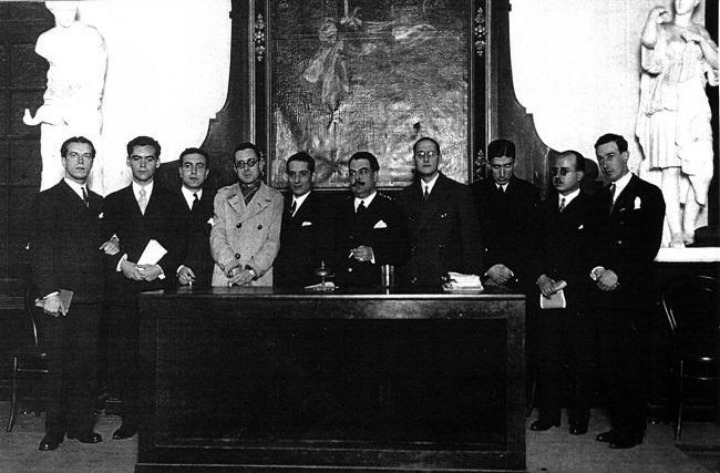 Celebración del tricentenario de Góngora, con Rafael Alberti y Federico García Lorca presentes
