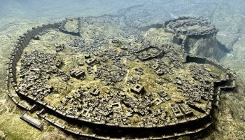 Reconstrucción de Hattusa