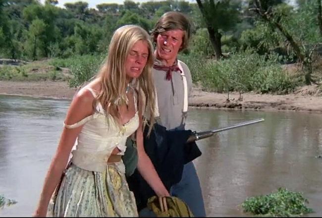 Candice Bergen y Peter Strauss en una escena de la película