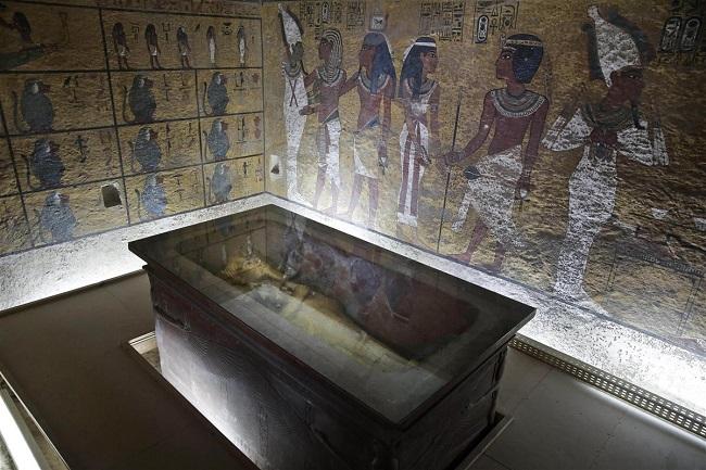 Fotografía de la cámara funeraria de la tumba de Tutankamón en 2015