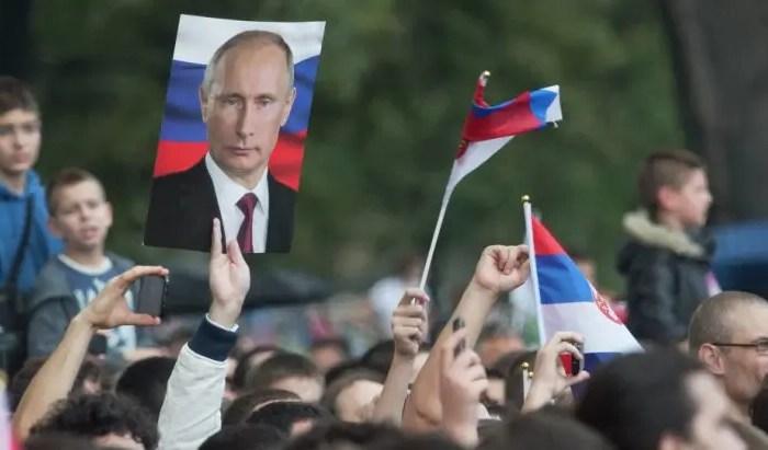 Putin do të vizitojë Beogradin, akuzon SHBA se po destabilizon Ballkanin