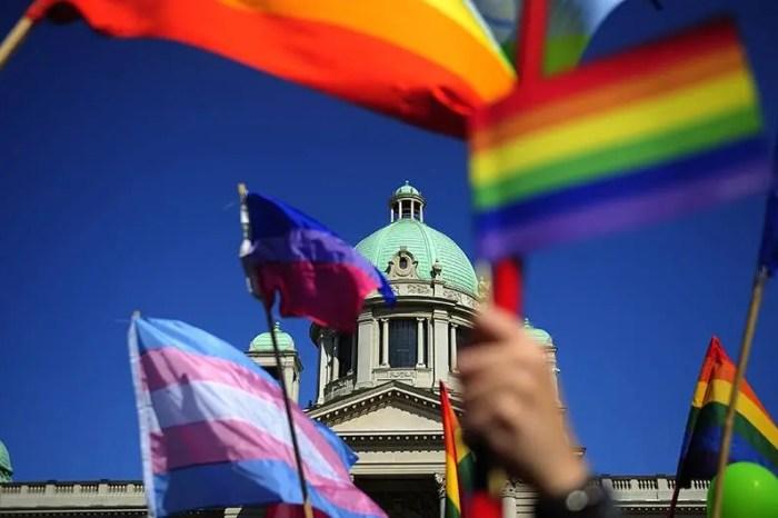Beteja për njohjen ligjore të çifteve të së njëjtës gjini në Serbi