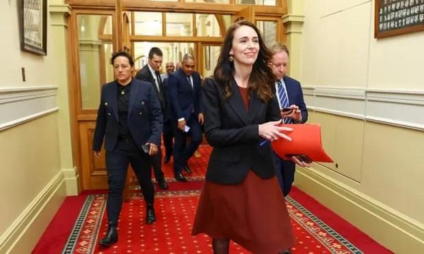 8 gra, 5 Maori, 3 pacifistë, 3 LGBT, Jacinda Ardern emëron kabinetin e larmishëm!