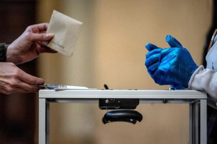 """""""Ndalimi i votimit për të infektuarit me Covid, shkelje e Kushtetutës"""""""