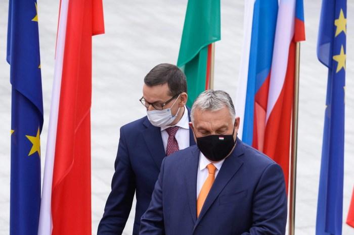 Komisioni Europian hap procedura ligjoren kundër Hungarisë dhe Polonisë
