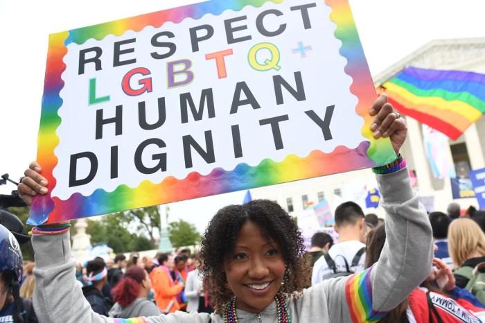 Gjuha e urrejtjes së mediave sociale, ngacmimi 'Problem i rëndësishëm' për përdoruesit LGBTQ