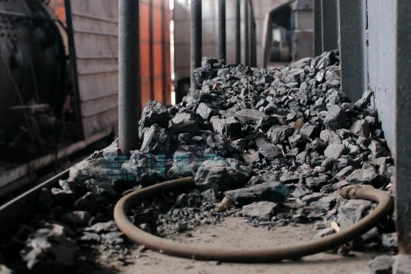 carbon-locomotora-1