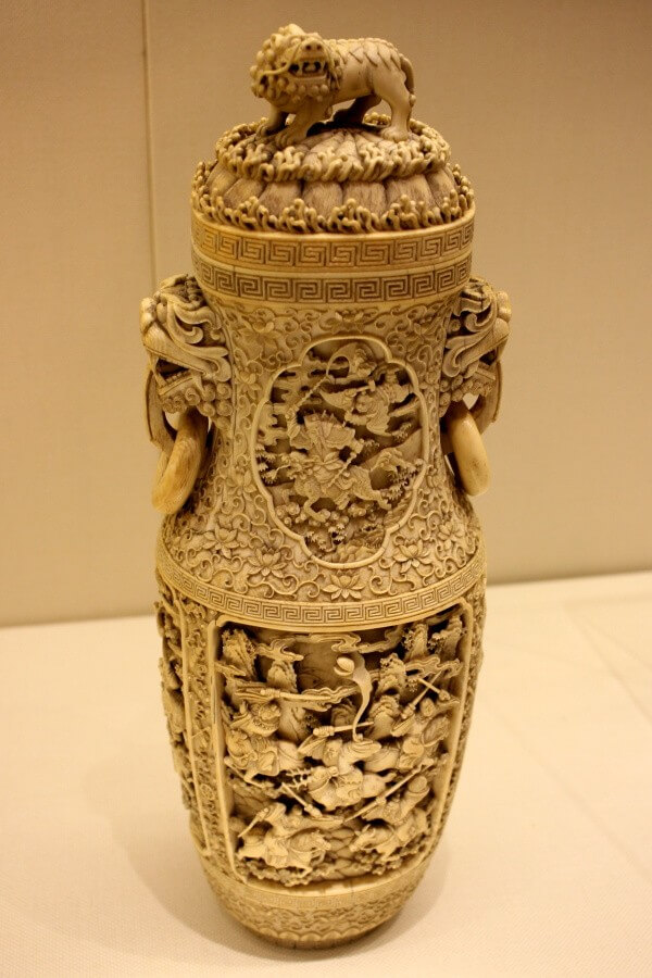 cuerno-elefante-tallado-china-1