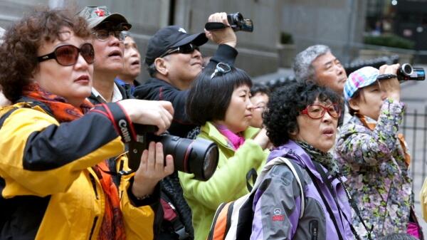 ¿Nos adaptamos a los turistas chinos o dejamos que se adapten ellos?