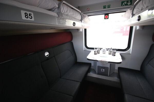 compartimento-tren-moscu-paris-1