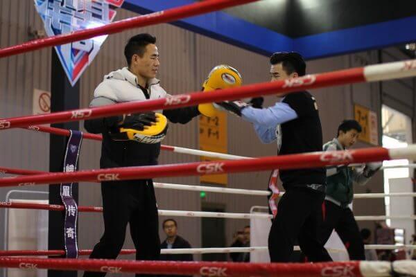 boxeadores-feria-china-1