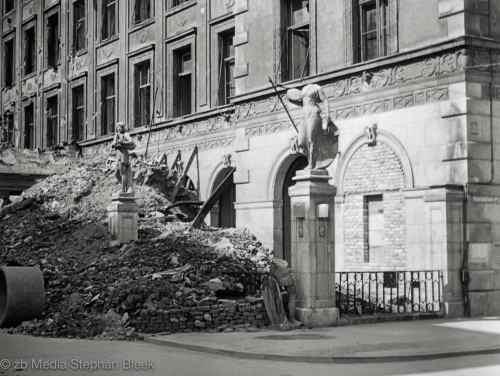 Maimiliansplatz München 1945