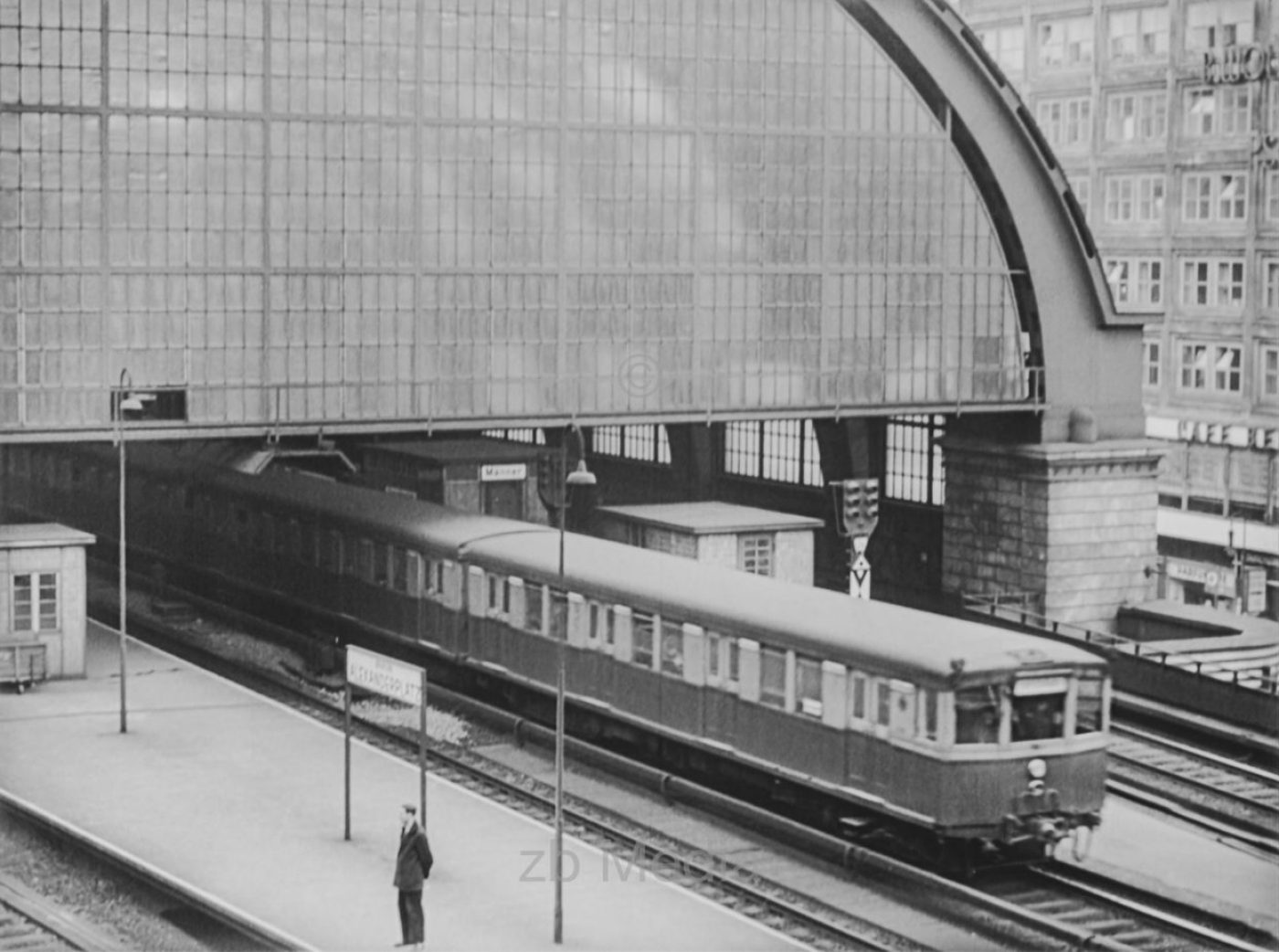 Deutschland 1937, Bahnhof Berlin Alexanderplatz