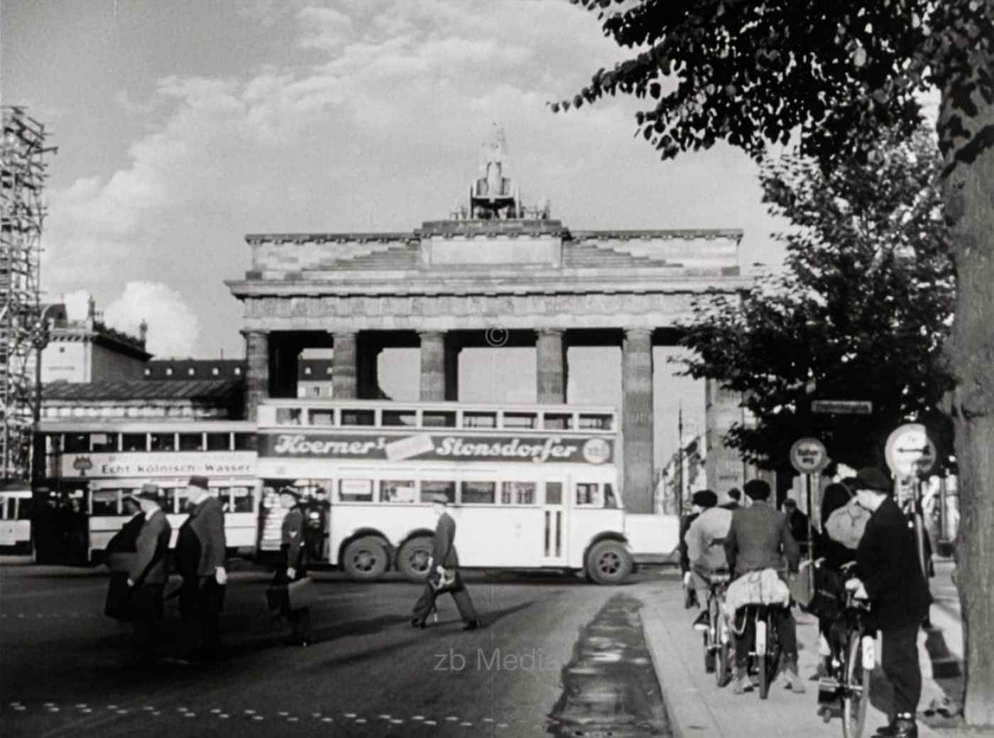 Brandenburger Tor  Berlin 1937