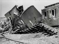 Zerstörte Bahngleise 1945