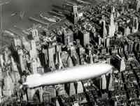 Luftschiff Hindenburg Flug über New York 1937