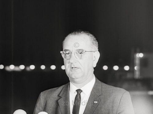 Lyndon B. Johnson nach der Ermordung von John F. Kennedy, 1963