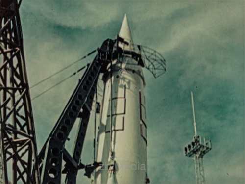 R7 Rakete auf Startrampe