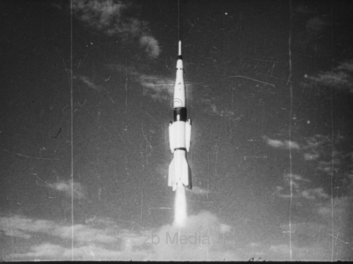 Start R-2 Rakete