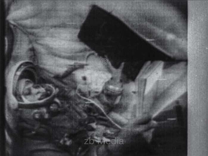 Fernsehfunkbild Valentina Tereschkova im Raumschiff