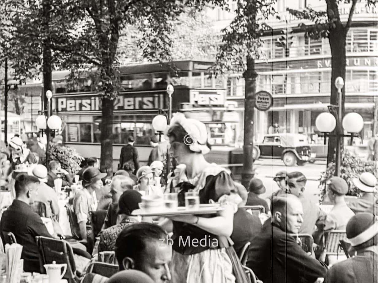 Café Kranzler in Berlin 1930