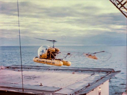 Helikopter landet auf Bohrinsel, USA 1958