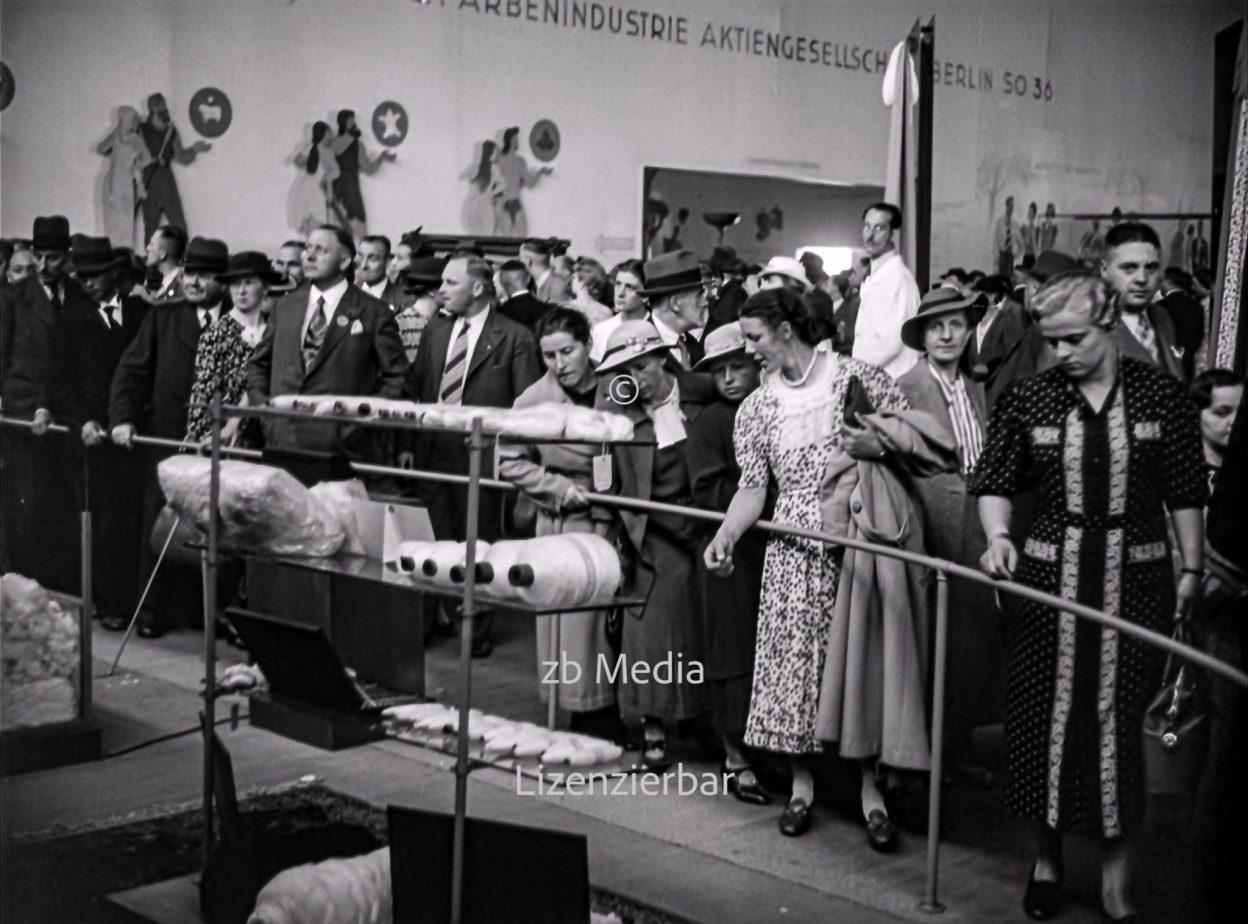 IG Farben Nylon Industrieausstellung 1937