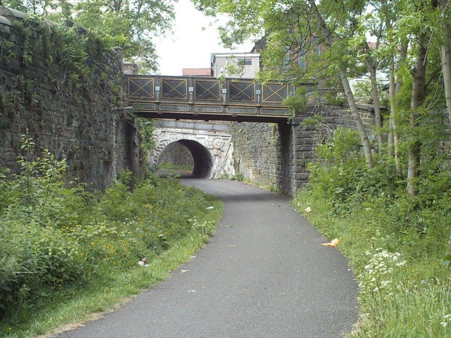 Paisley Canal Bridge Walkway to The Castelhead church