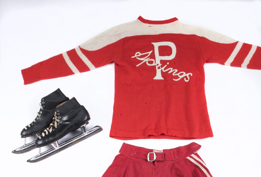 2.Hockey uniform and skates that belonged to Hilda Ranscombe, star player with the Preston Rivulettes. Canadian Museum of History, IMG 2016 0253 0021-DM