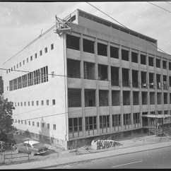 Construction continues. October 11, 1956. Image: City of Ottawa Archives CA040052.