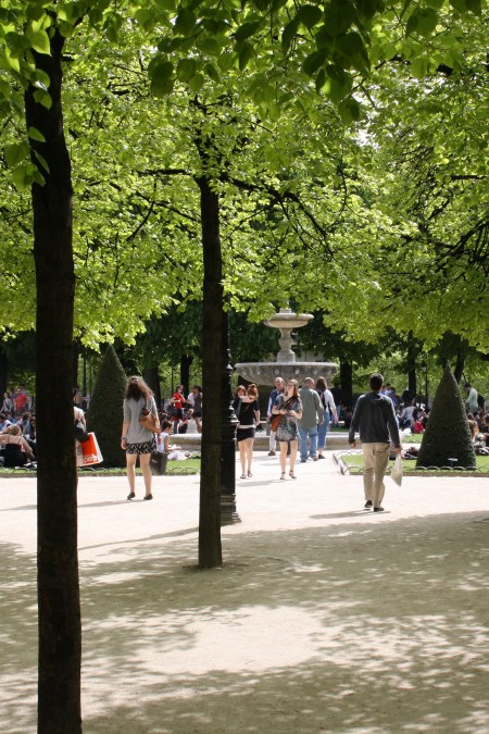 Linden trees in a Paris Park. Whitton painted an image of Gréber considering Ottawa's police station problem at his leisure. Image: ParisShare / Flickr.