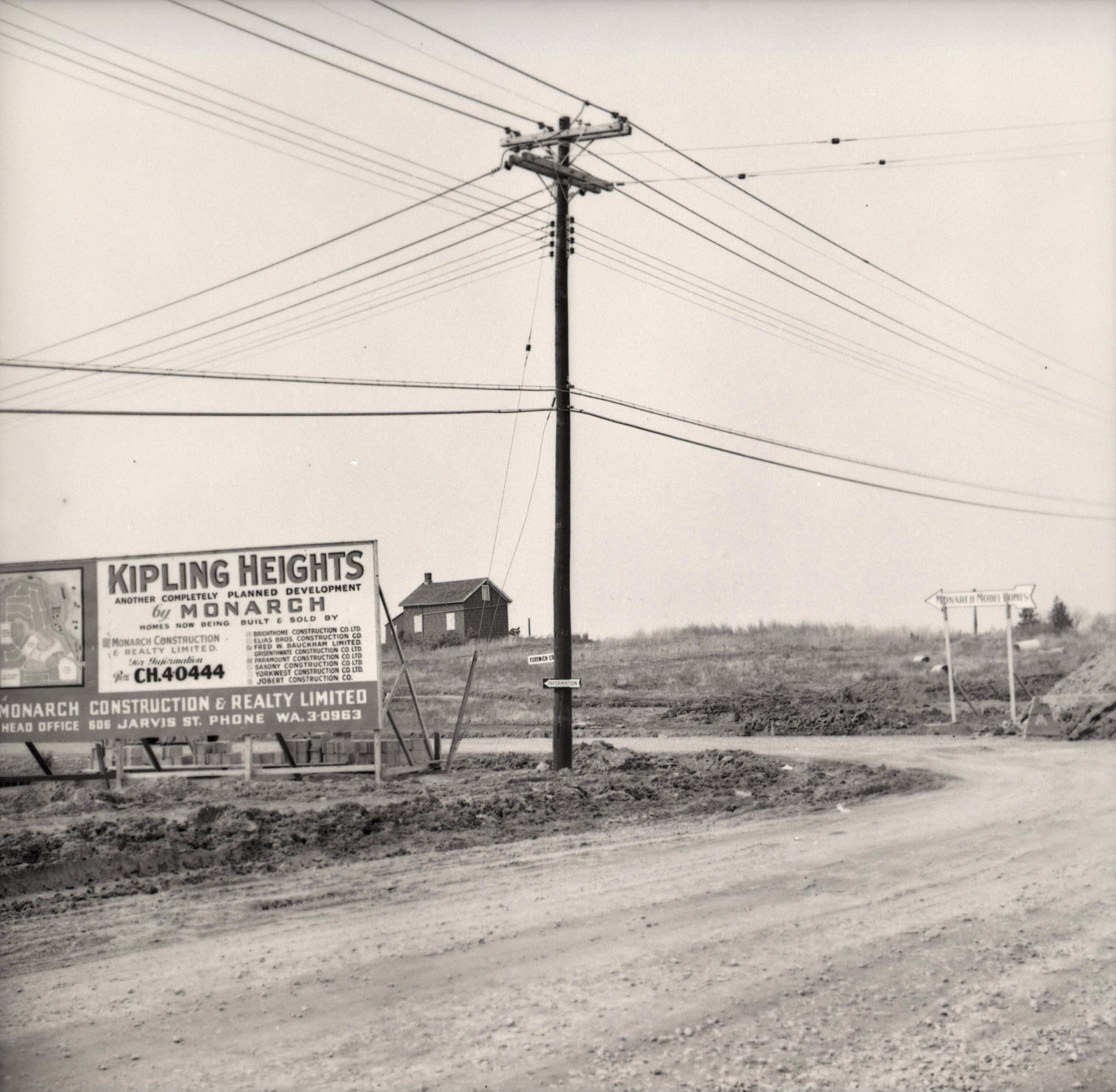Kipling Heights, from Islington and Fordwich. October 23, 1955. Image: James Victor Salmon / Toronto Public Library, Baldwin Collection, S 1-3318A.