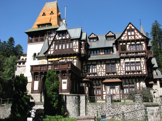 """""""Pelisor Castle, Sinaia"""" by Cristian Bortes - Flickr. Licensed under CC BY 2.0 via Wikimedia Commons - https://commons.wikimedia.org/wiki/File:Pelisor_Castle,_Sinaia.jpg#/media/File:Pelisor_Castle,_Sinaia.jpg"""