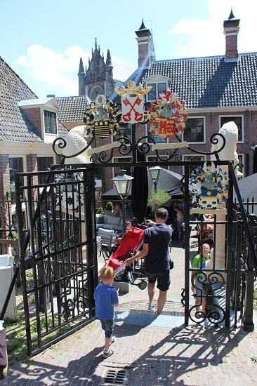 Gate towards the Castle