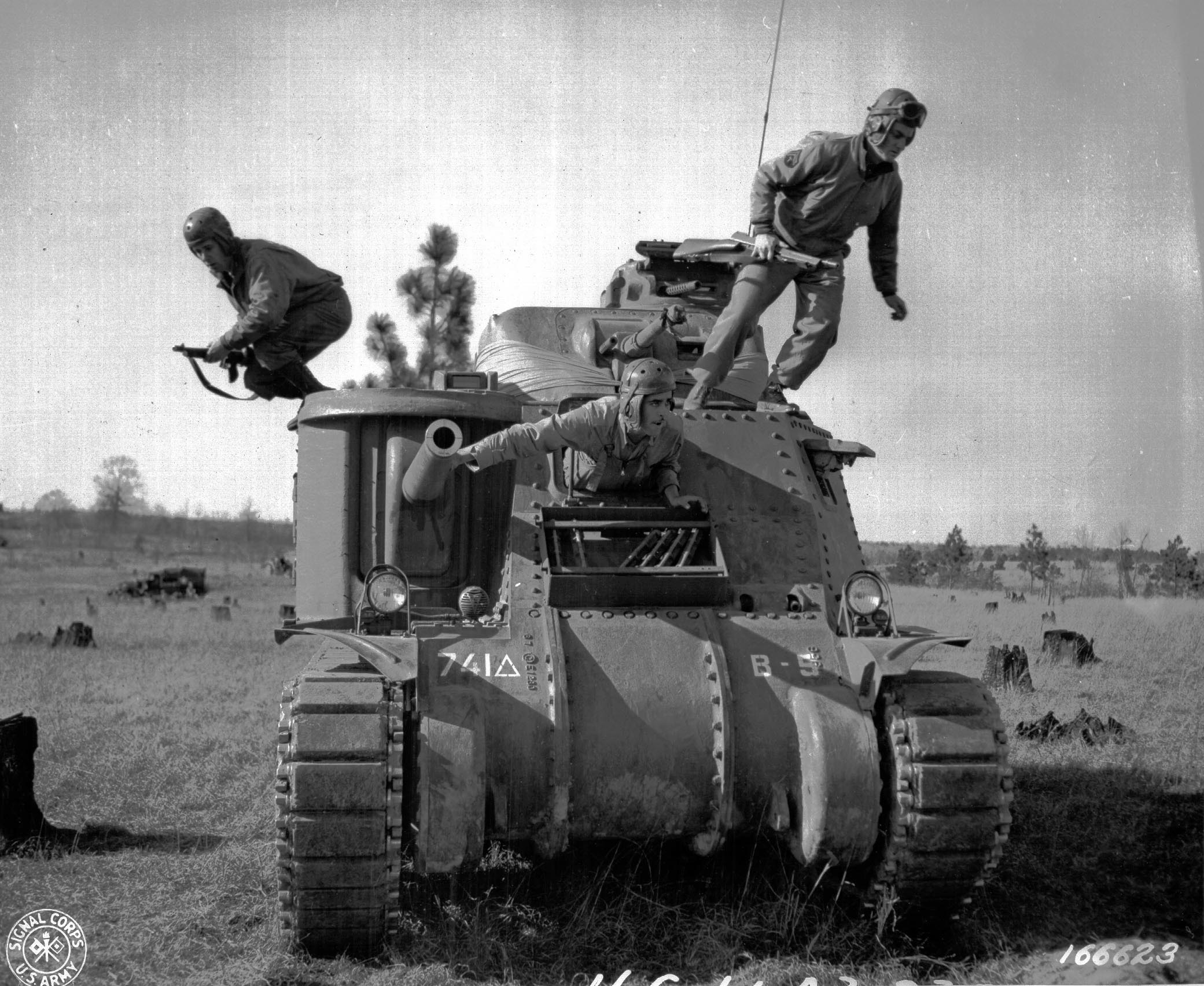 Ww2 Tanks American British And German