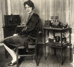 Ruth Peiser amateur radio photo