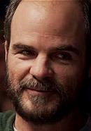 Michael Kelly as Jon Krakauer