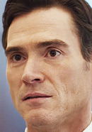 Billy Crudup as Eric MacLeish