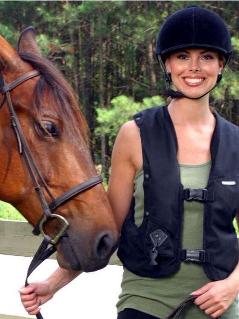 רוכבי סוסים