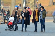 Taylor Swift and Harry Style g@ Central Park Zoo 2