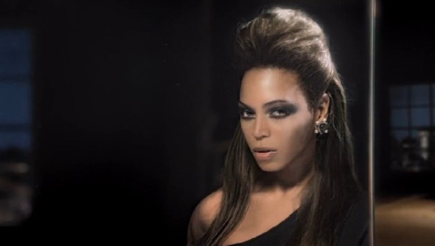 Beyoncé feat. Andree 3000 – Back To Black