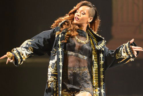 Rihanna: Diamonds Tour