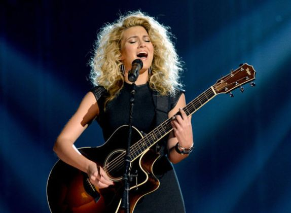 Billboard Music Awards 2015 Tori Kelly