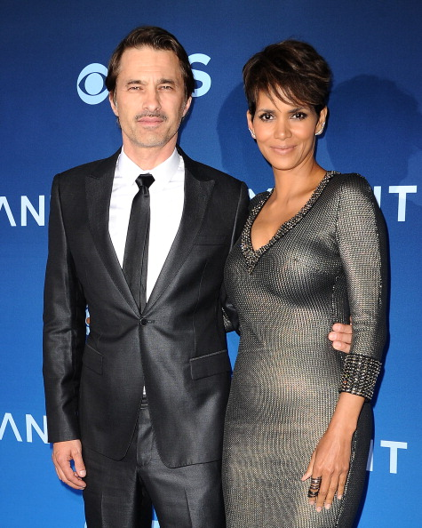 "LOS ANGELES, CA - JUNE 16:  Actor Olivier Martinez and actress Halle Berry attend the premiere of ""Extant"" at California Science Center on June 16, 2014 in Los Angeles, California.  (Photo by Jason LaVeris/FilmMagic)"
